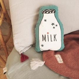 """Petit coussin pouet """"vintage spirit"""" milk - aqua"""